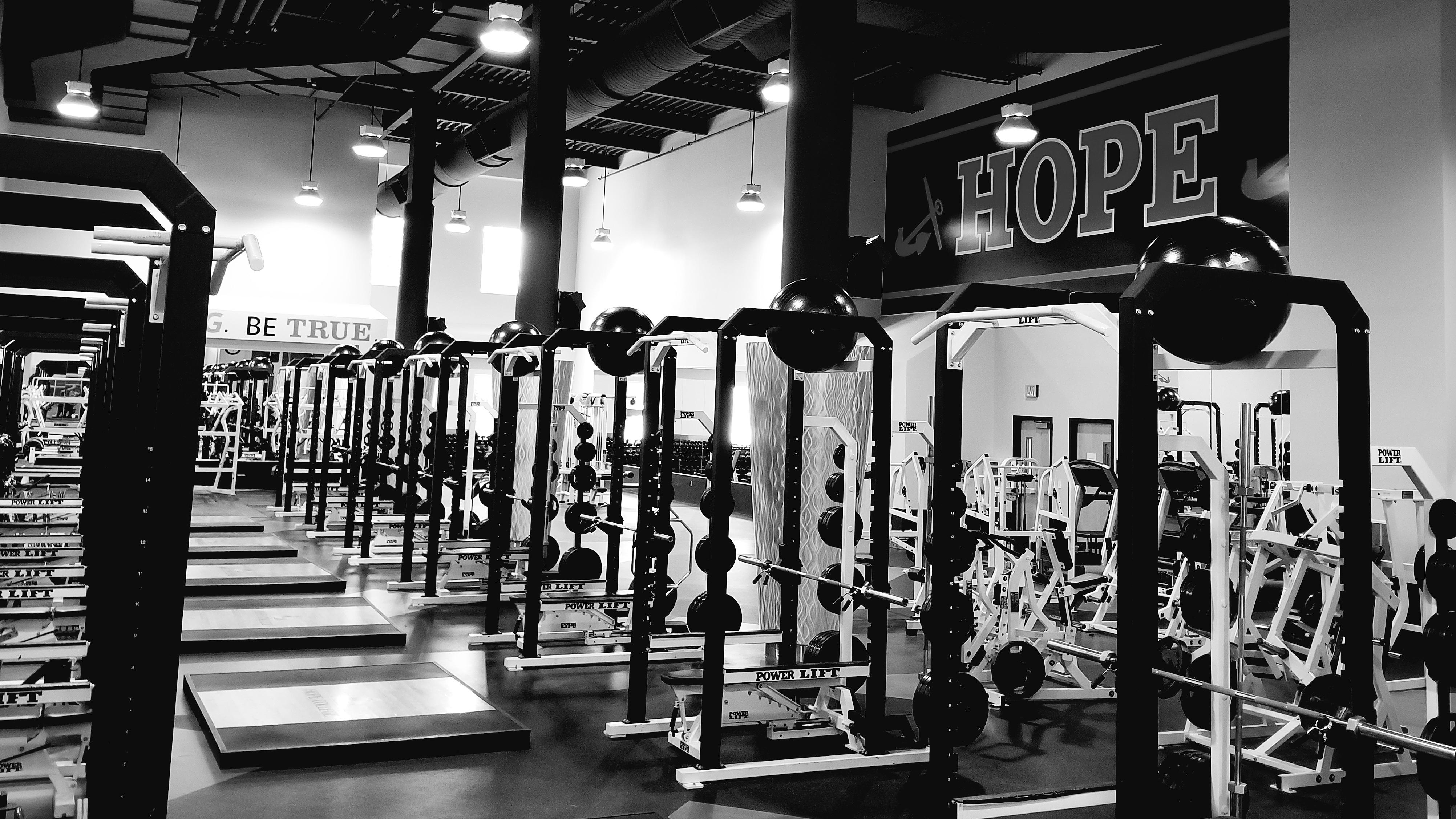 hope college weight room.jpeg